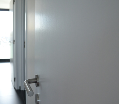 Tim Van Herck - lakken van deuren